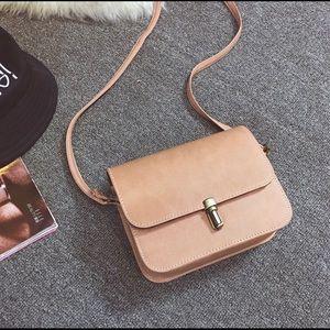 Handbags - Camel crossbody